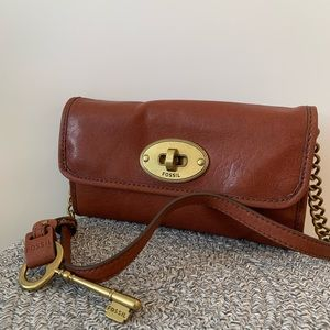 FOSSIL MADDOX LEATHER CONVERTIBLE CLUTCH WALLET